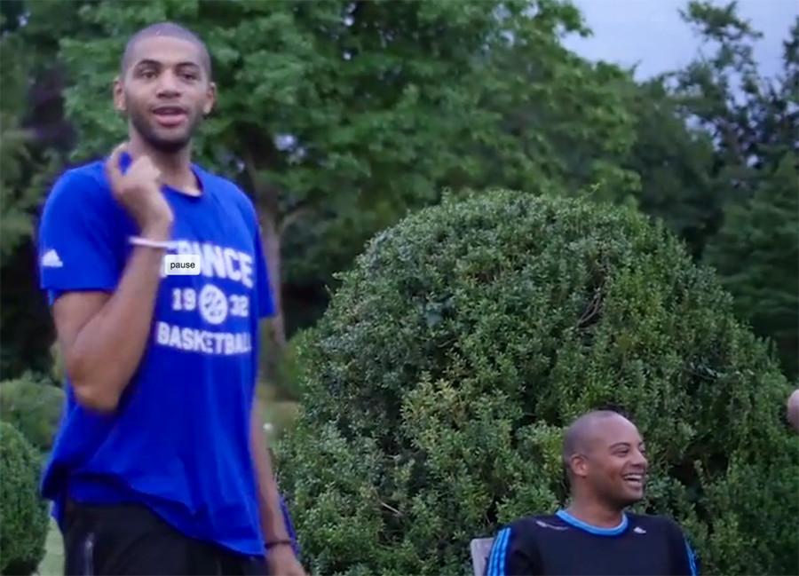 Comment devenir champions de basket en dénonçant ses camarades de jeu ?