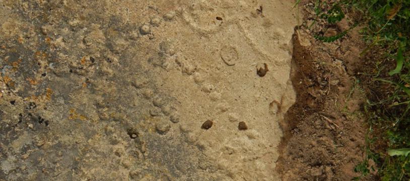 58 trous d'il y a 4000 ans