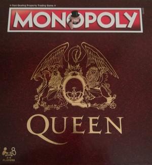 Monopoly Queen